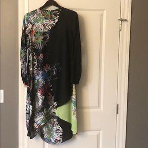 BCBG BLACK SILK DRESS - size XS